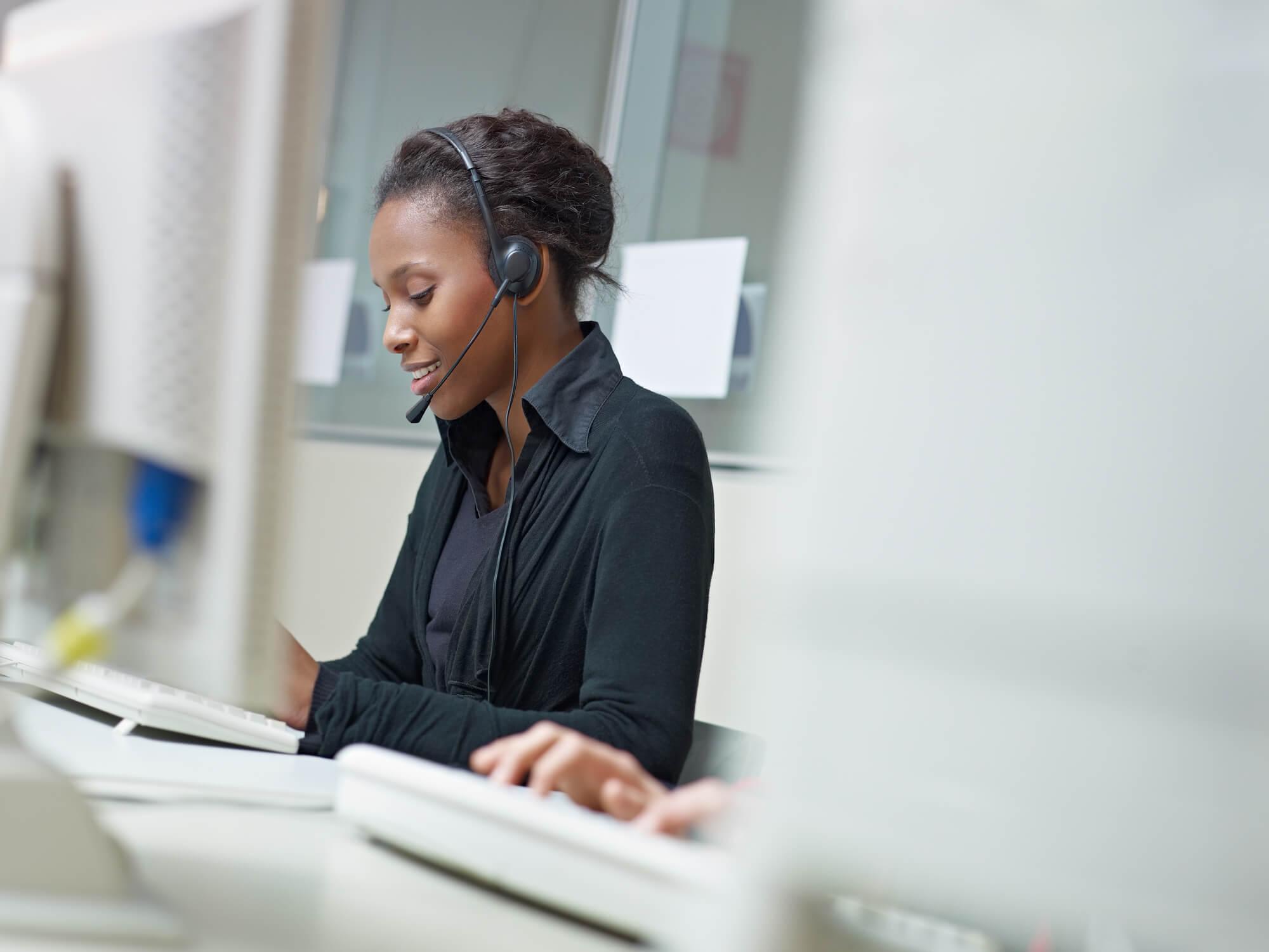 telemarketing call center ou contact center entenda as diferencas
