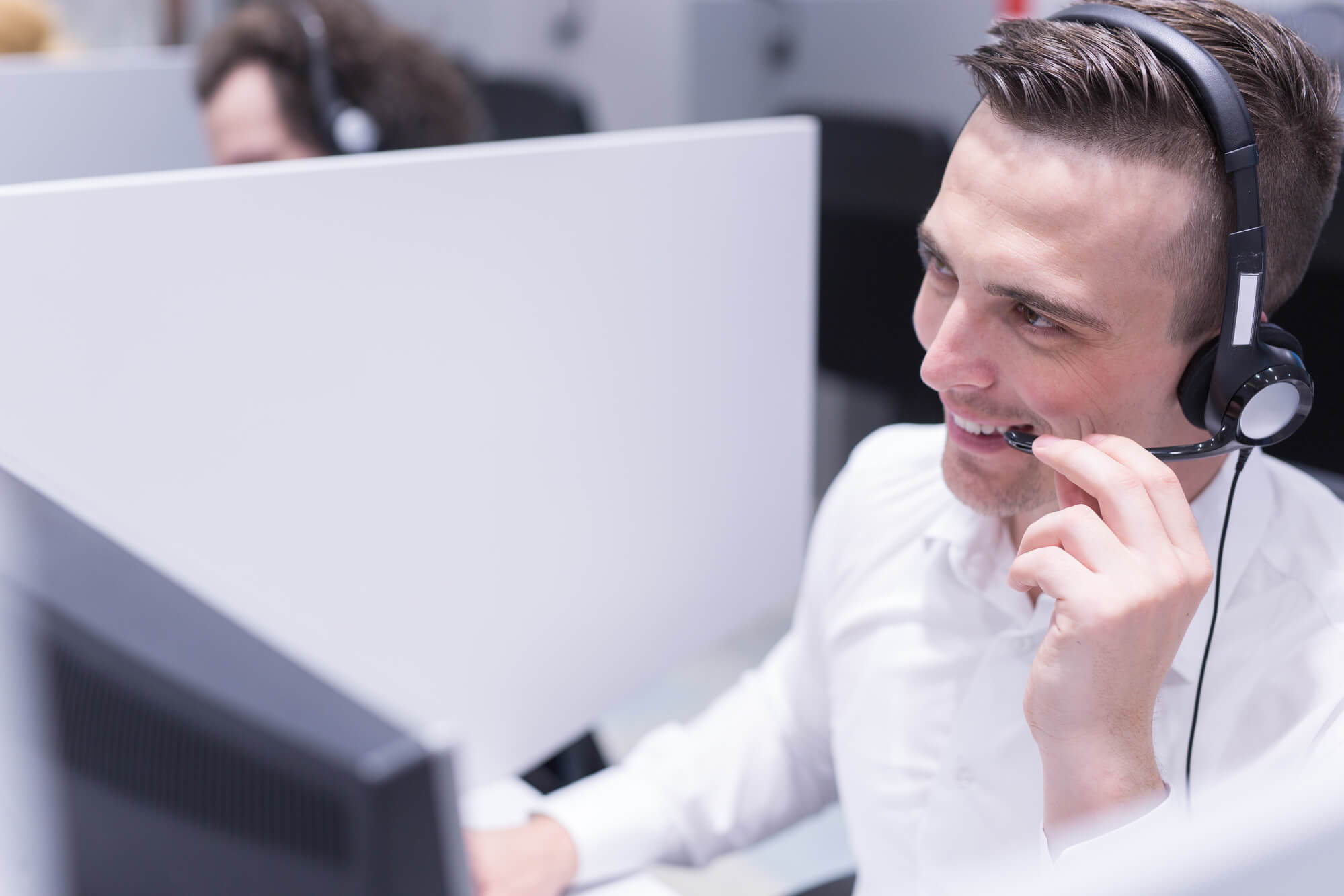 como melhorar a experiencia do cliente no contact center