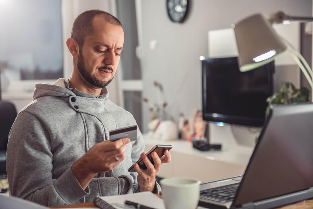 Saiba como melhorar a experiência de consumo no ambiente digital