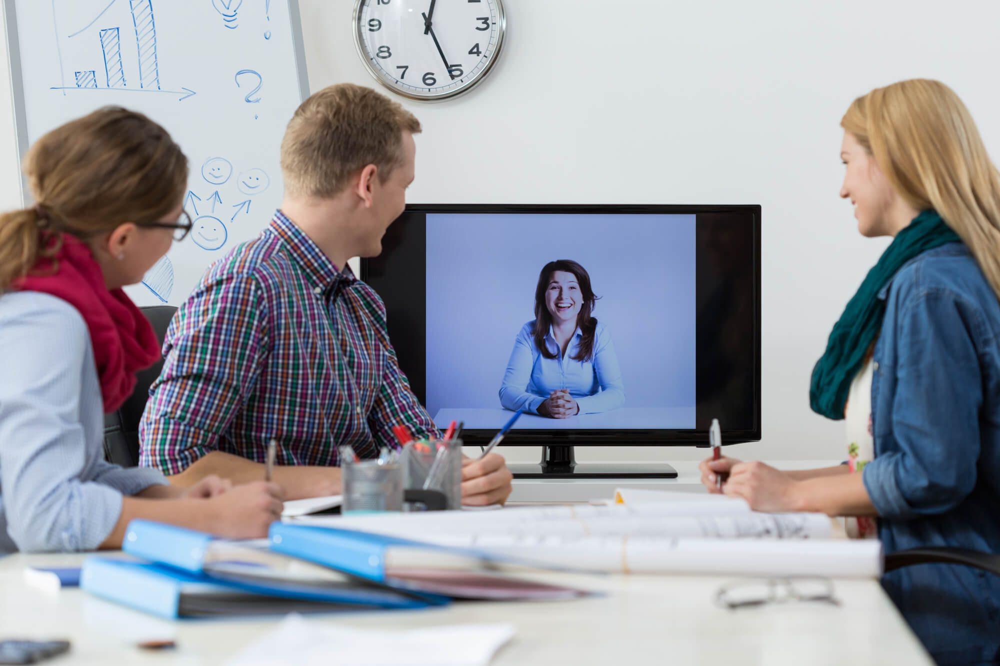 razoes para optar pela videoconferencia como solucao